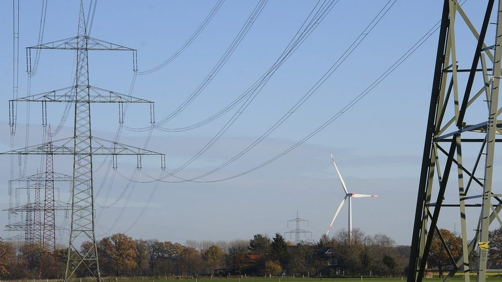 power-line-3823740_1280